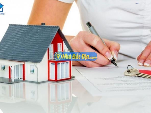 Khi mua nhà, người mua nên sao y những giấy tờ cần thiết thành nhiều bản để thuận tiện hơn cho các bước thủ tục hành chính